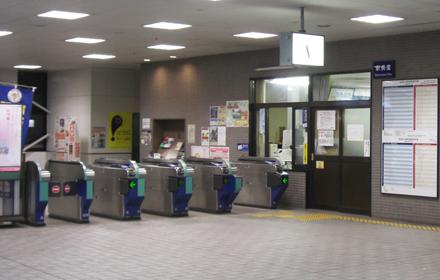 東武東上線池袋発最終は午後11時48分
